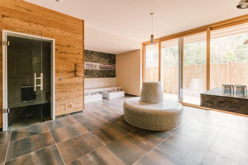 lehrerin sauna